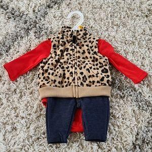 NWOT Carter's Newborn Onesie Outfit Brand New